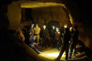 Нерубайские катакомбы - в них встречаются габаритные залы и галереи